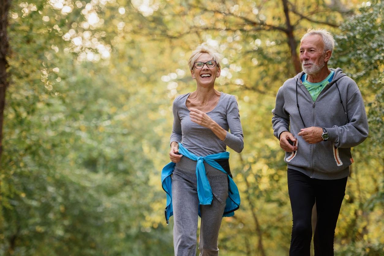 Cómo el ejercicio físico ayuda a mejorar y prevenir la apnea del sueño