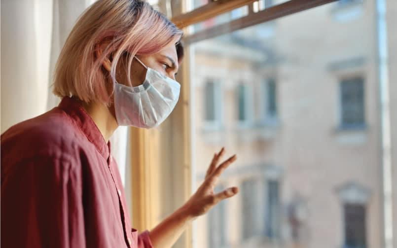 a apnea del sueño puede ser un factor de riesgo para la infección por SARS-CoV-2, y los pacientes con apnea del sueño pueden sufrir percances mayores si se infectan.